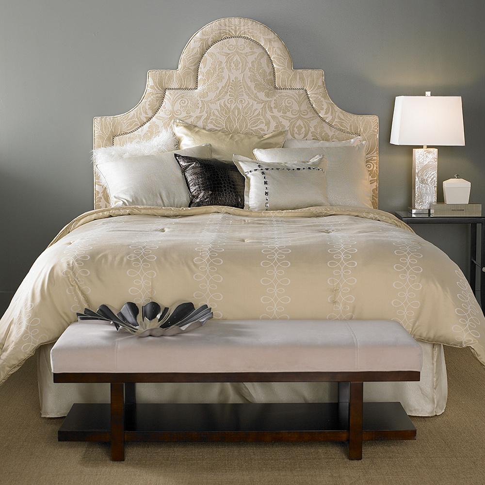 Miranda Bed